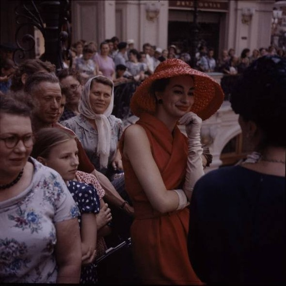 Dior in Moscow, 1959 год. Изображение № 3.