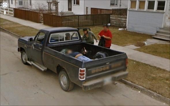 Изображение 12. Интересные уличные сцены, подсмотренные с Google Streets.. Изображение № 12.