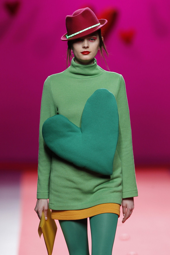 Испанцы Fall Winter 2011/2012: AGATHA RUIZ DE LA PRADA. Изображение № 8.