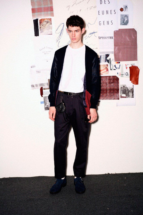 Показаны новые лукбуки Kris Van Assche x Lee, Soe, DISCOVERED. Изображение № 15.