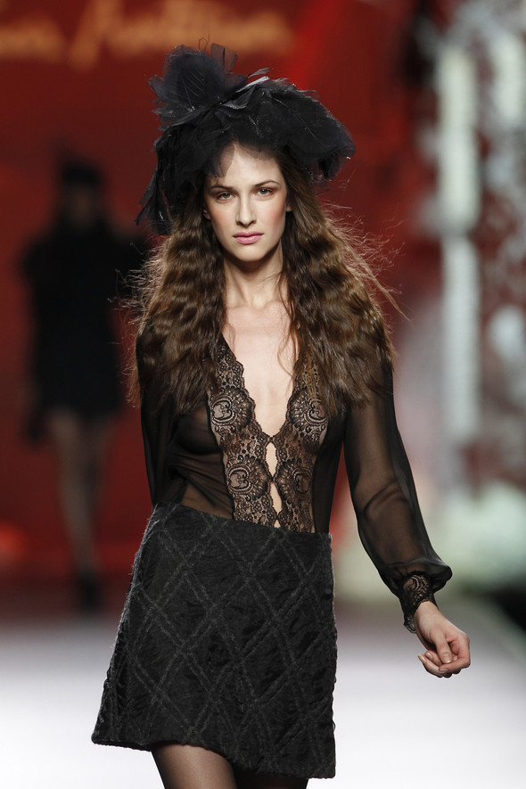 Madrid Fashion Week A/W 2012: Francis Montesinos. Изображение № 12.
