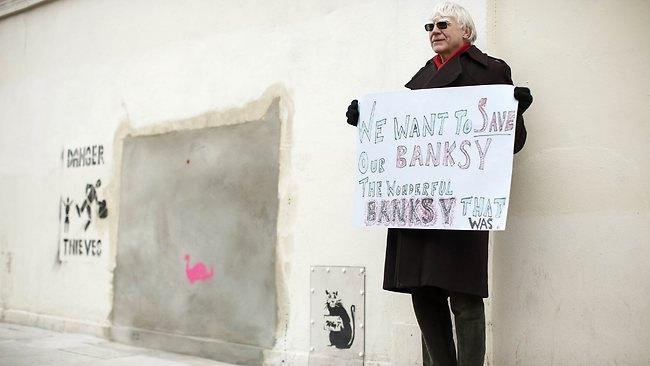 Украденную работу Бэнкси сняли с аукциона. Изображение № 4.