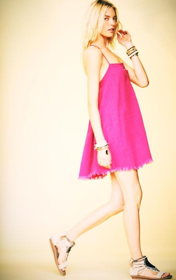 Лукбуки: H&M, Free People, Mango и Zara. Изображение № 19.