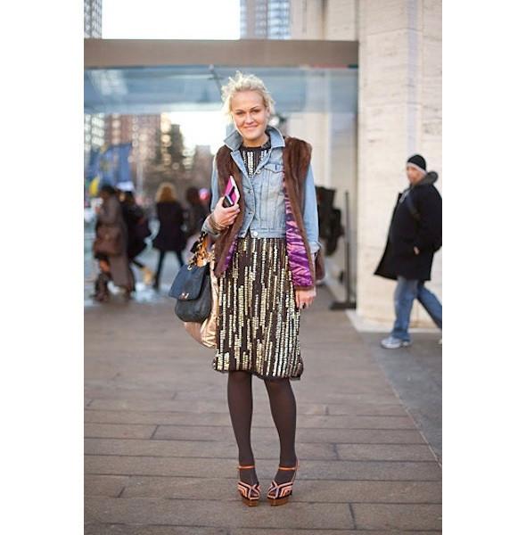 Изображение 30. На полях: 10 тенденций уличного стиля с прошедших недель моды.. Изображение № 30.