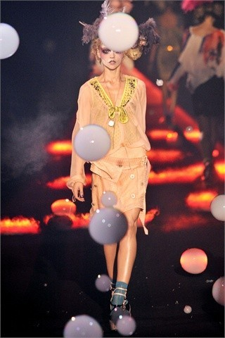 John Galliano Spring-Summer 2010. Изображение № 16.