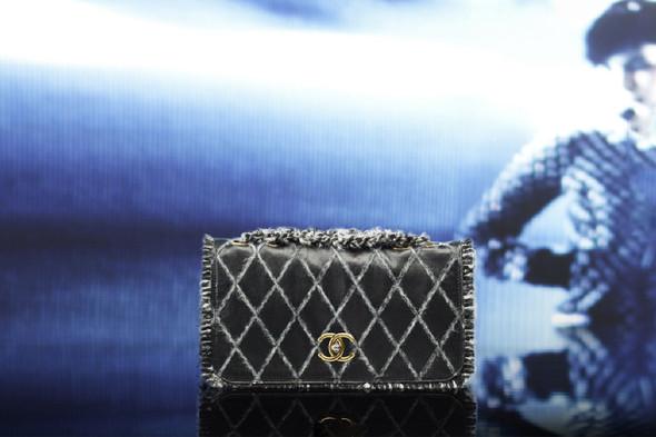 Лукбук: Chanel FW 2011 Bags. Изображение № 12.