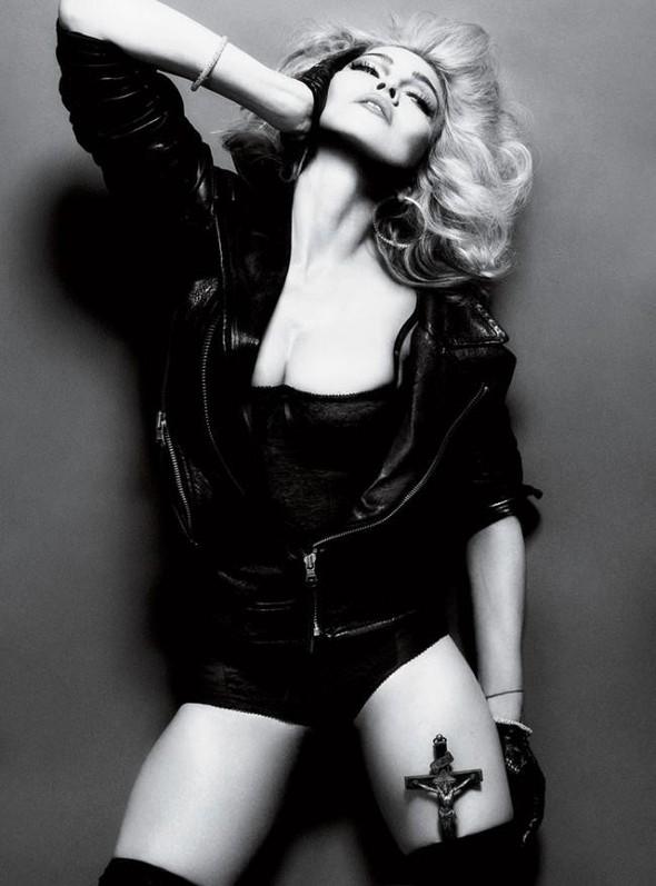 Мадонна в фото Мерта Аласа и Маркуса Пигготта для журнала Interview. Изображение № 13.