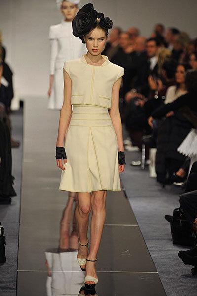 Chanel Spring 2009 Haute Couture. Изображение № 58.