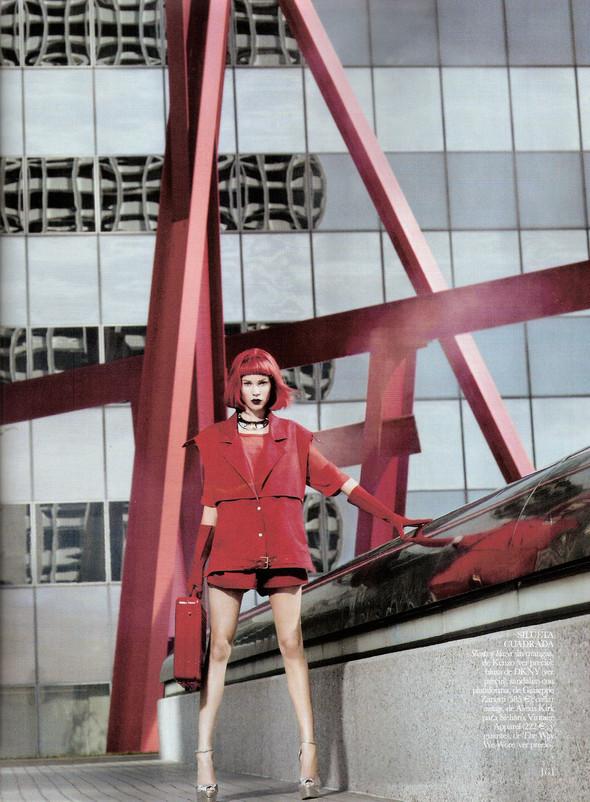 Съёмка: Бритт Марен для испанского Vogue. Изображение № 6.