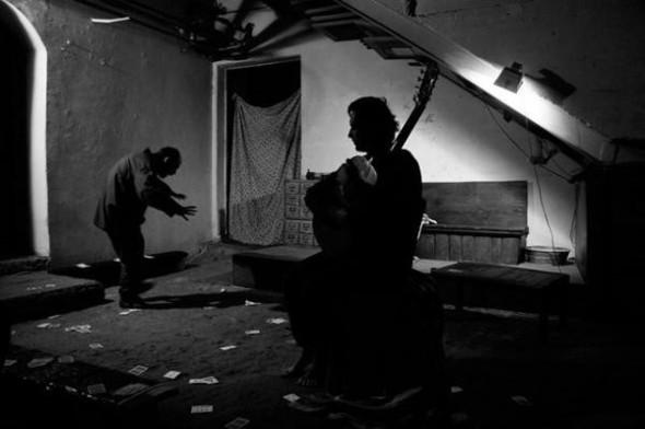 """Камерный спектакль """"Приглашение на казнь"""" по роману Набокова. Изображение № 1."""