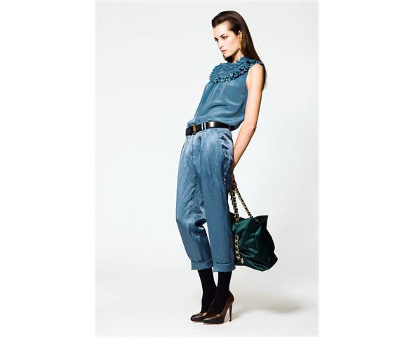 Новые коллекции: Acne, Dior, Moschino, Viktor & Rolf. Изображение № 25.