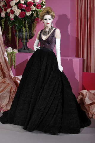 Неделя моды в Париже: Haute Couture. Изображение № 24.