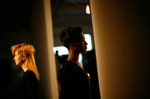 Изображение 26. Неделя моды в Нью Йорке: Бэкстэйдж.. Изображение № 26.