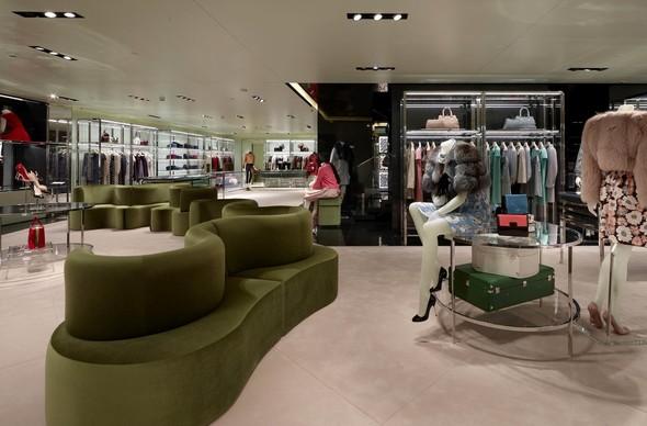 Новые магазины: Acne в Копенгагене, Dover Street Market в Токио и Prada в Москве. Изображение № 11.