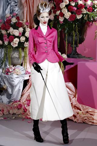 Неделя моды в Париже: Haute Couture. Изображение № 1.
