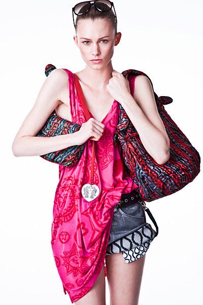 Лукбук: Vivienne Westwood Anglomania SS 2012. Изображение № 7.