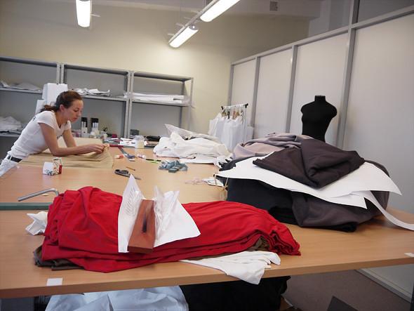 Прямая речь: Основательницы швейного цеха Kneller. Изображение № 5.