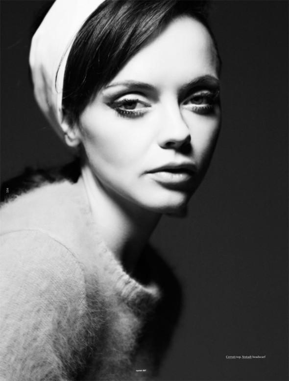 Съёмка: Кристина Риччи для Oyster. Изображение № 6.