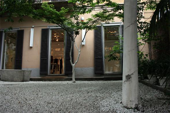 Maison Martin Margiela Store, Milano. Изображение № 2.