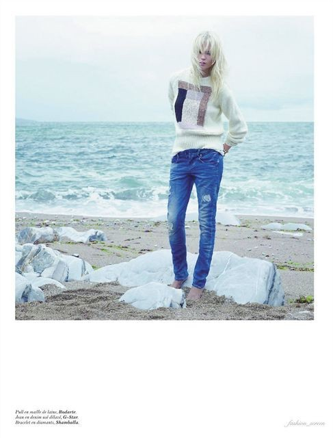 Съёмка: Саша Пивоварова и Наташа Поли для французского Vogue. Изображение № 2.