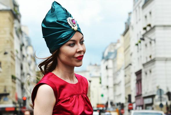 Уличный стиль на Неделе высокой моды в Париже. Изображение № 4.