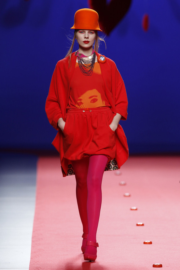Испанцы Fall Winter 2011/2012: AGATHA RUIZ DE LA PRADA. Изображение № 15.