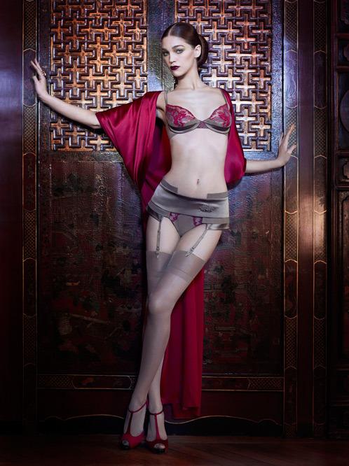 Лукбук осенне-зимней кампании бренда нижнего белья La Perla. Изображение № 8.