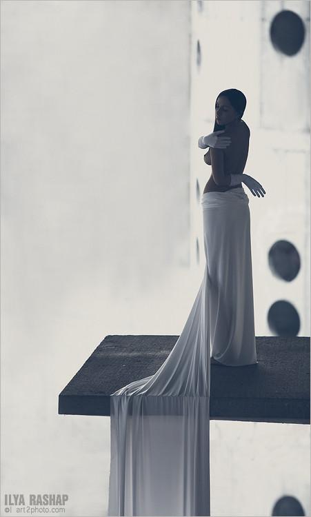Фотограф Илья Рашап: ню-ансы красоты. Изображение № 8.