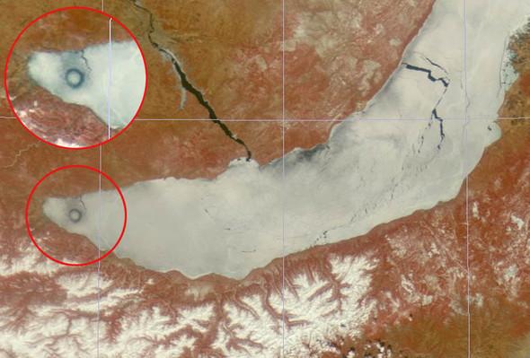 Новая загадка: Круги на полях сменились кругами на льду. Изображение № 4.