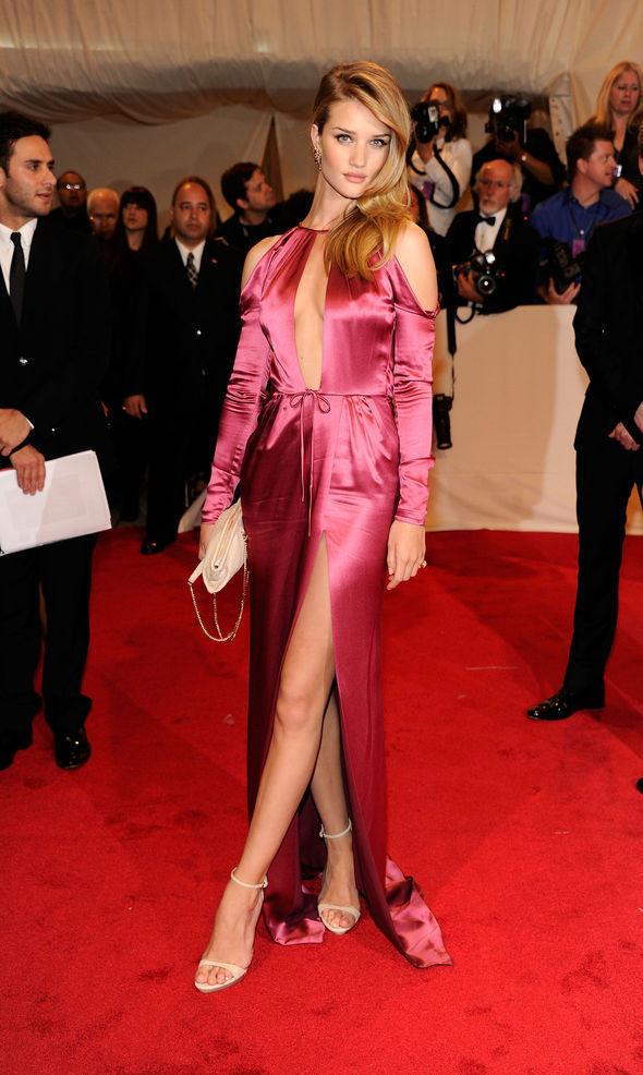 Изображение 25. 2011 MET Costume Institute Gala - Models style.. Изображение № 26.