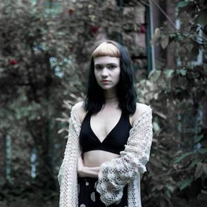 Клэр Буше, Grimes. Изображение №14.