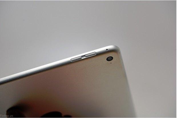 Утечка дня: якобы подлинные фото нового iPad. Изображение № 9.