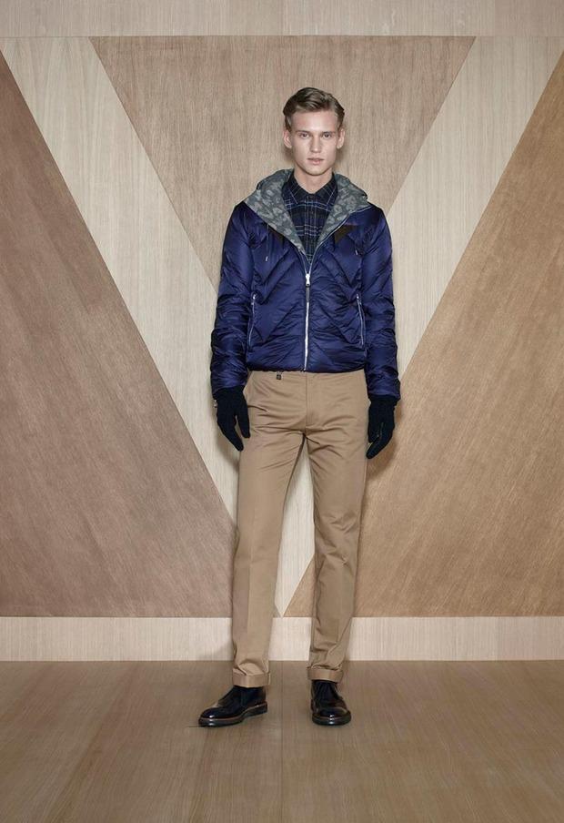 Мужские лукбуки Alexander McQueen, Comme des Garcons, Louis Vuitton и Club Monaco. Изображение № 42.
