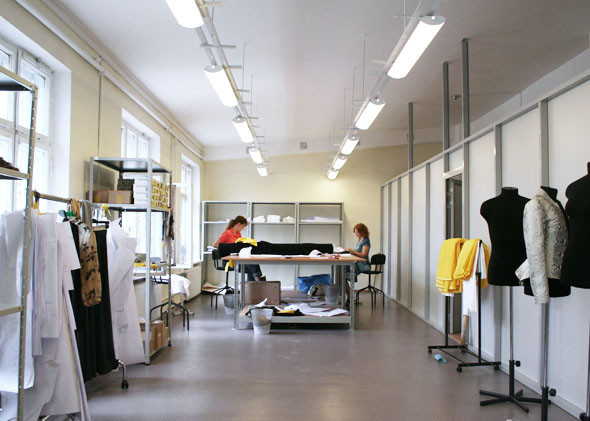 Личный опыт: Как я сменила пять профессий в сфере моды и стала директором швейного производства. Изображение № 20.