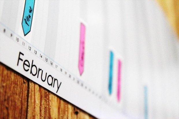 Американец собрал деньги на таймлайн-календарь. Изображение № 2.