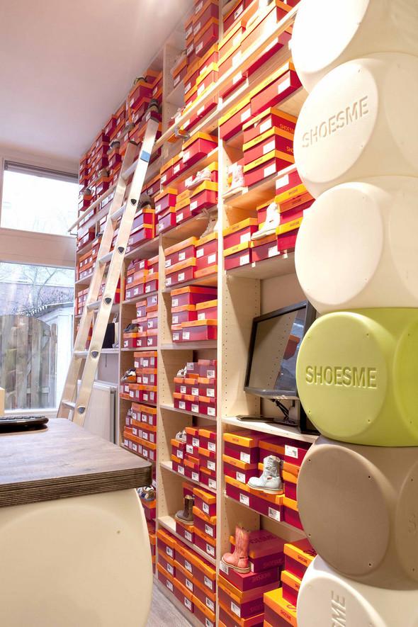 Магазин детской обуви от Тёна Флескенса. Изображение № 6.