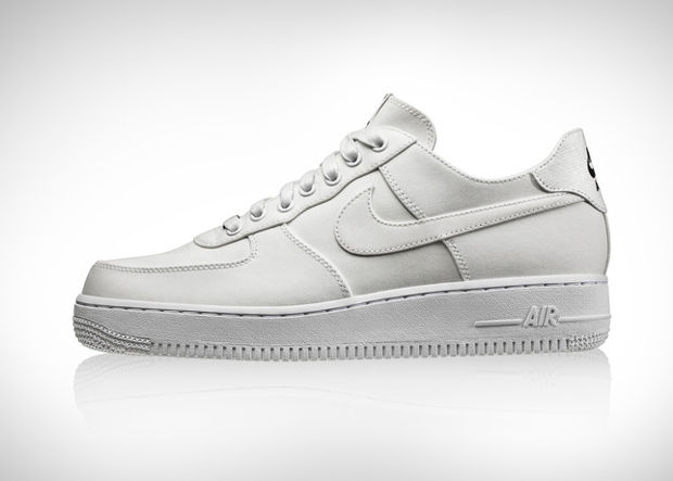 Nike поработали с DSM и Supreme к юбилею Air Force 1. Изображение № 4.