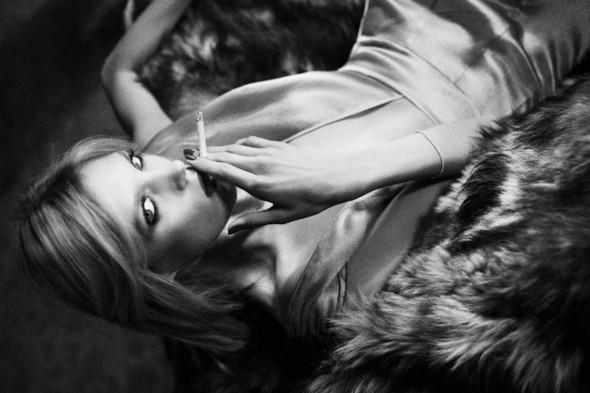 Съёмка: Аня Рубик для Self Service. Изображение № 1.