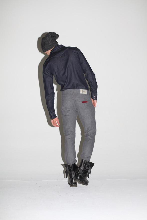 2 Men Jeans, Two Women In The World – идеальная пара найдена. Изображение № 31.