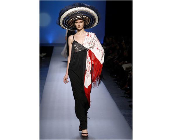 Неделя моды в Париже: Haute Couture. Изображение № 21.