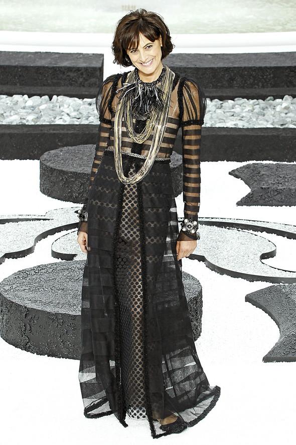 Карл Лагерфельд показал одну из самых красивых коллекций, когда-либо созданных для Chanel. Изображение № 58.