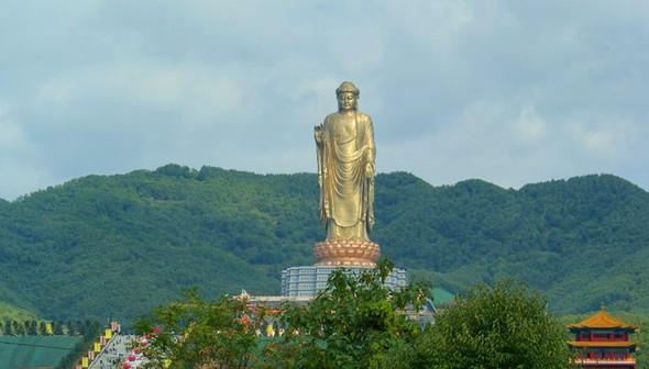 Померялись длиной: самые высокие статуи в мире. Изображение № 10.