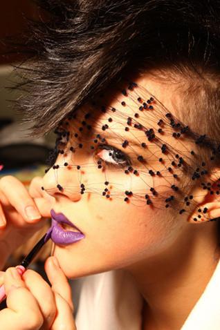 """Макияж """"extreme"""" от Lanvin для шоу H&M. Изображение № 6."""