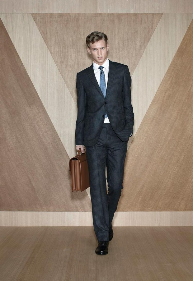 Мужские лукбуки Alexander McQueen, Comme des Garcons, Louis Vuitton и Club Monaco. Изображение № 46.