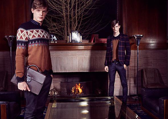 Кампании: Dior, Versace, Gucci и Burberry. Изображение № 37.