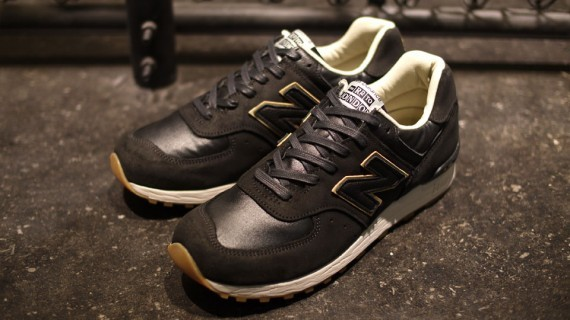 New Balance M576 The Road to London Pack. Изображение № 9.