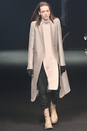 Неделя моды в Париже: мужские показы. Изображение № 34.