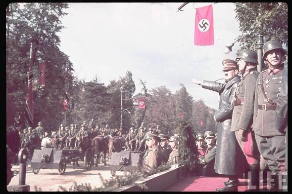 100 цветных фотографий третьего рейха. Изображение №11.