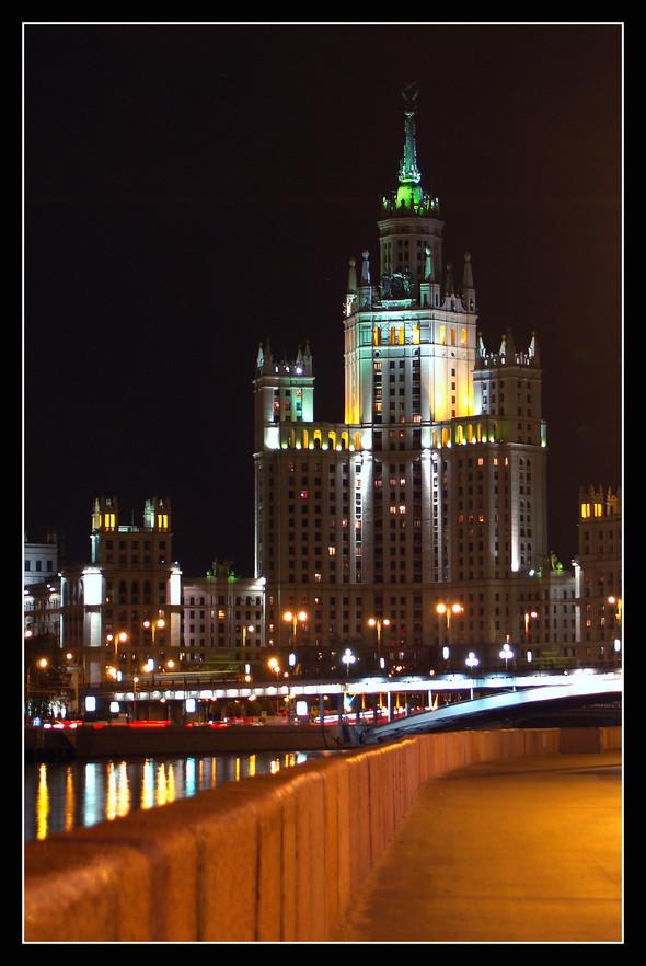 Московская ночь. Изображение № 1.