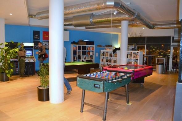 Студия CCP в Рейкьявике, где делают онлайн-игру EVE. Изображение № 15.